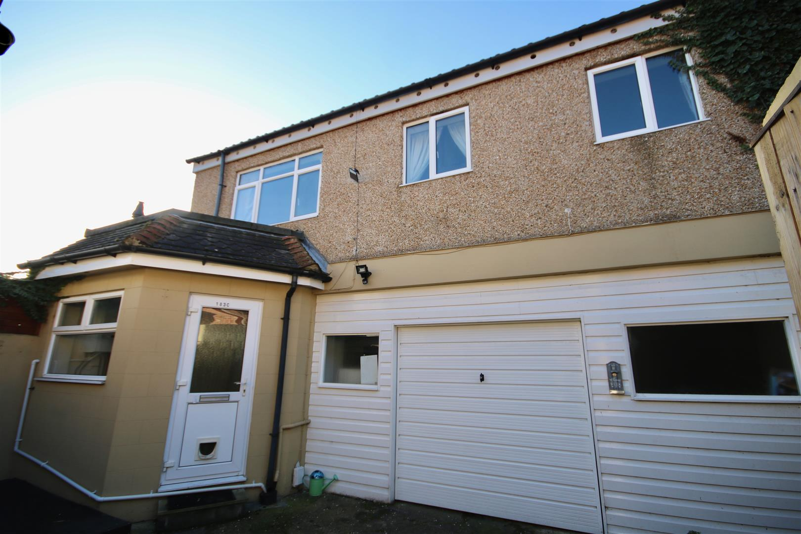 2 Bedrooms Detached House for sale in Landguard Road, EASTNEY, Southsea, Portsmouth, Hampshire